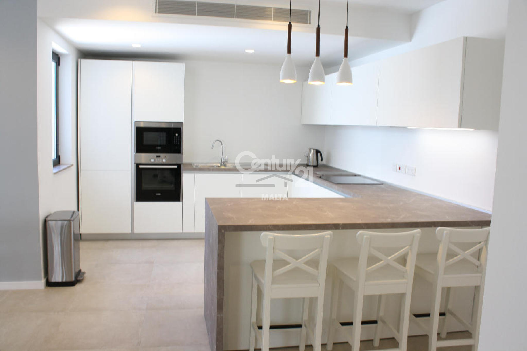 013AT08395–Furnished Duplex Penthouse