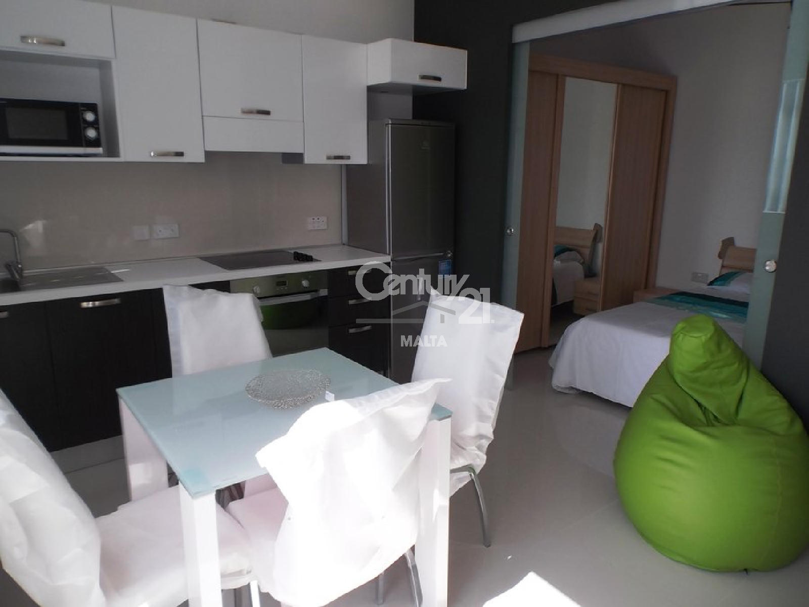 024CP10217–Furnished Penthouse